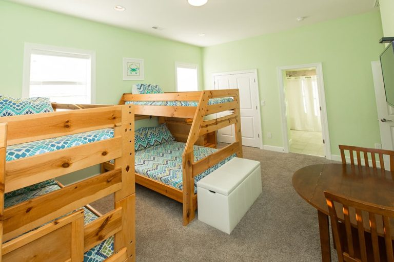 Bedroom with two bunkbeds in Count Your Blessings